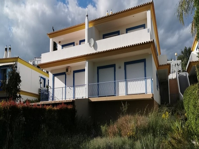 Bank Property Sale In St Barbara de Nexe Algarve